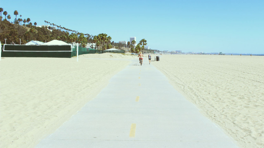 los angeles beach path