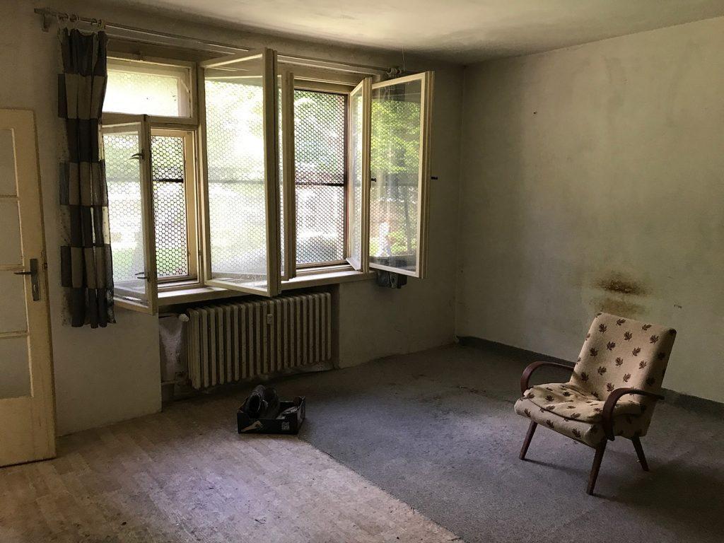 izba-pred
